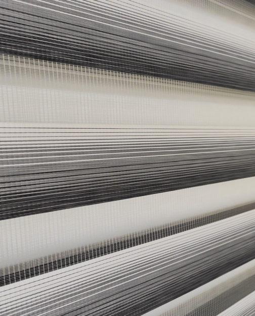 Zebra zavjesa - Crno bijela Lux